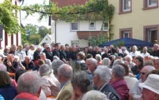 MGV am 03.10.2012 zu Gast beim Weinfest in Dierbach